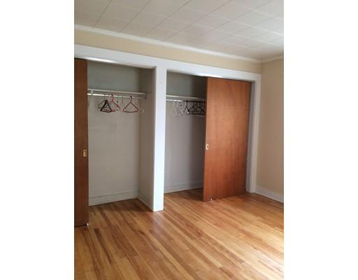 Additional photo for property listing at 38 Brook Street  诺斯布里奇, 马萨诸塞州 01588 美国