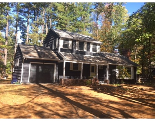 Single Family Home for Sale at 16 Alpine Drive 16 Alpine Drive Amherst, Massachusetts 01002 United States