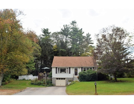 Single Family Home for Sale at 267 Wheelwright Road 267 Wheelwright Road Barre, Massachusetts 01005 United States