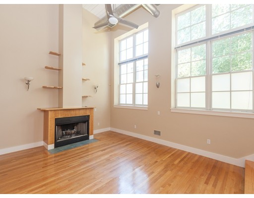 Additional photo for property listing at 155 Brookline Street  Cambridge, Massachusetts 02139 Estados Unidos