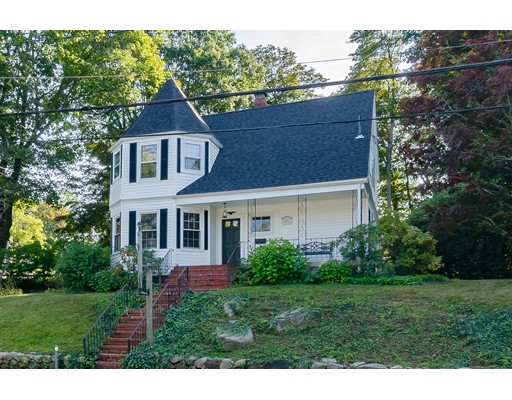 Частный односемейный дом для того Аренда на 10 West Street 10 West Street Hingham, Массачусетс 02043 Соединенные Штаты
