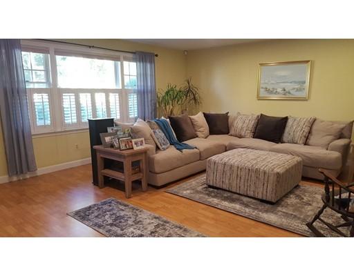 Appartement en copropriété pour l Vente à 402 Nasketucket Way 402 Nasketucket Way Fairhaven, Massachusetts 02719 États-Unis