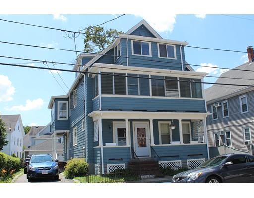 Casa Multifamiliar por un Venta en 416 Charles Street Malden, Massachusetts 02148 Estados Unidos