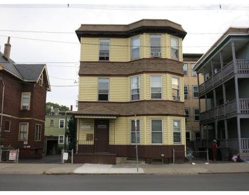 متعددة للعائلات الرئيسية للـ Sale في 709 Broadway 709 Broadway Chelsea, Massachusetts 02150 United States