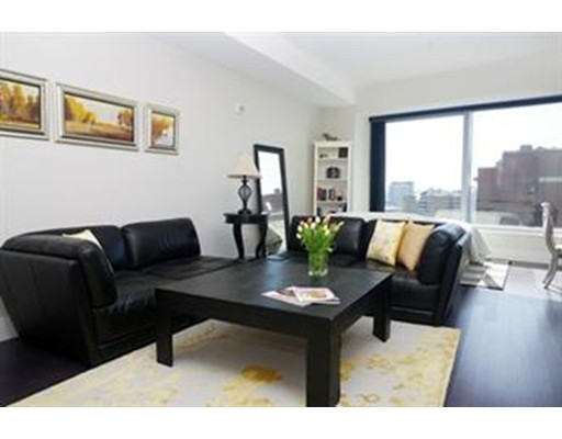 Additional photo for property listing at 110 Streetuart Street  Boston, Massachusetts 02116 Estados Unidos