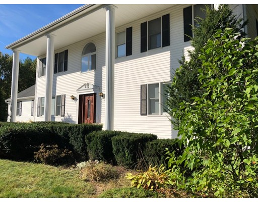 Single Family Home for Sale at 3 Red Fox Road 3 Red Fox Road Windham, New Hampshire 03087 United States