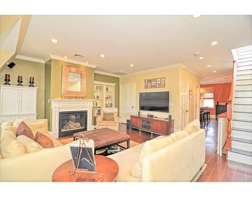 Condominium for Sale at 140 W Concord Street 140 W Concord Street Boston, Massachusetts 02118 United States