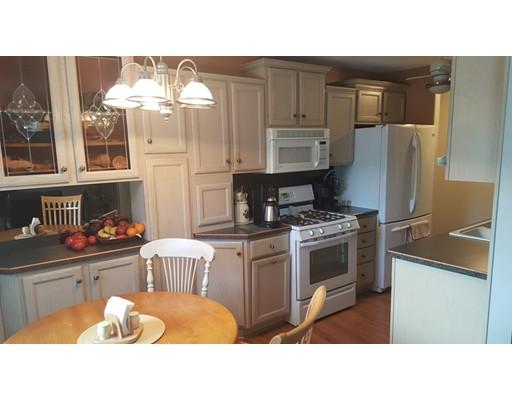 Appartement en copropriété pour l Vente à 42 Regency Park Drive 42 Regency Park Drive Agawam, Massachusetts 01001 États-Unis