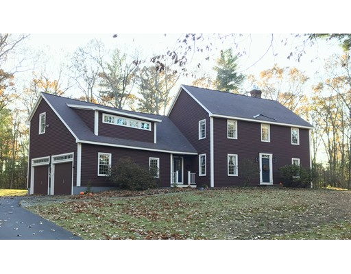 Casa Unifamiliar por un Venta en 11 Carriage House Lane 11 Carriage House Lane Boxford, Massachusetts 01921 Estados Unidos