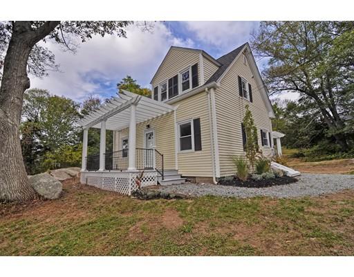 Частный односемейный дом для того Продажа на 8 Youngs Road 8 Youngs Road Gloucester, Массачусетс 01930 Соединенные Штаты