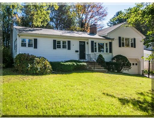 Maison unifamiliale pour l Vente à 163 Elm Street 163 Elm Street Andover, Massachusetts 01810 États-Unis