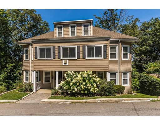 Casa Unifamiliar por un Alquiler en 38 Hood Street Newton, Massachusetts 02458 Estados Unidos