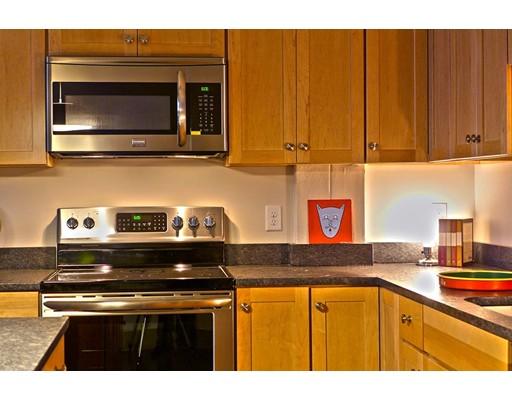 Apartamento por un Alquiler en 164 Race St. #304 164 Race St. #304 Holyoke, Massachusetts 01040 Estados Unidos