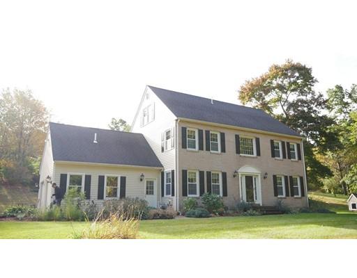 Casa Unifamiliar por un Venta en 14 Nourse Street 14 Nourse Street Westborough, Massachusetts 01581 Estados Unidos