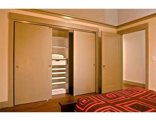 Apartment for Rent at 164 Race St. #409 164 Race St. #409 Holyoke, Massachusetts 01040 United States