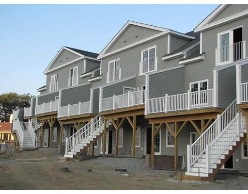 Appartement en copropriété pour l Vente à 8 Eastern Point #8 8 Eastern Point #8 Shrewsbury, Massachusetts 01545 États-Unis