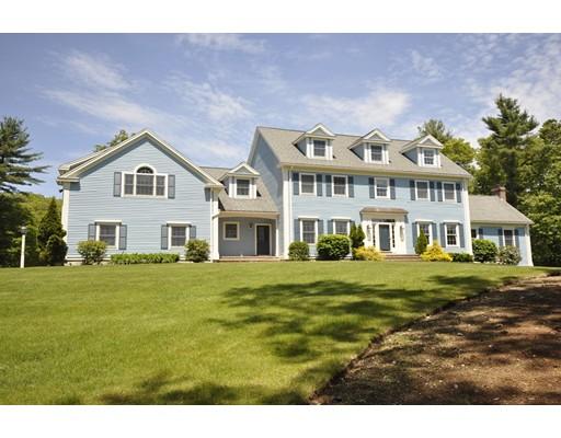Maison unifamiliale pour l Vente à 107 Mill Street 107 Mill Street Middleton, Massachusetts 01949 États-Unis