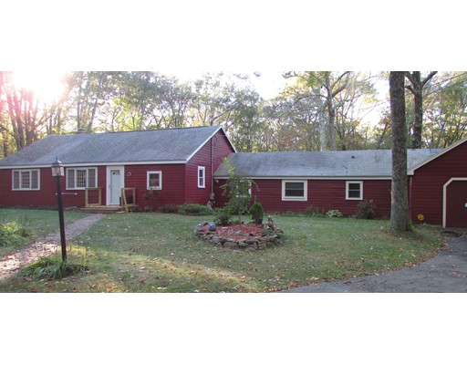 Single Family Home for Sale at 336 Westboro Road 336 Westboro Road Upton, Massachusetts 01568 United States