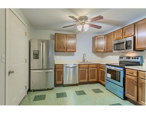Condominio por un Venta en 12 East Side Drive #7 12 East Side Drive #7 Concord, Nueva Hampshire 03301 Estados Unidos