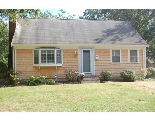 Casa Unifamiliar por un Venta en 24 Woodbine Avenue 24 Woodbine Avenue Yarmouth, Massachusetts 02673 Estados Unidos