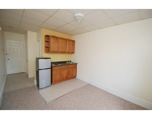 Single Family Home for Rent at 868 Beacon Boston, Massachusetts 02215 United States