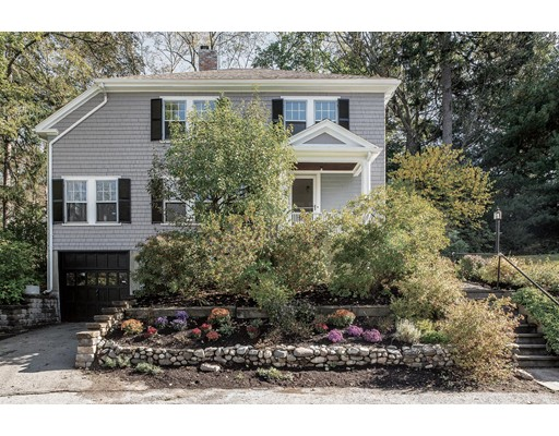 独户住宅 为 销售 在 19 Sargent Park 牛顿, 02458 美国