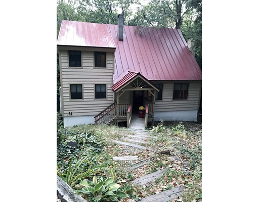 Single Family Home for Sale at 27 Blakeville Road 27 Blakeville Road Rindge, New Hampshire 03461 United States