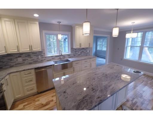 Single Family Home for Sale at 110 Maple Street 110 Maple Street Sherborn, Massachusetts 01770 United States