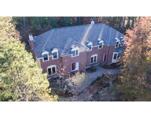 Single Family Home for Sale at 356 Mattison Drive 356 Mattison Drive Concord, Massachusetts 01742 United States