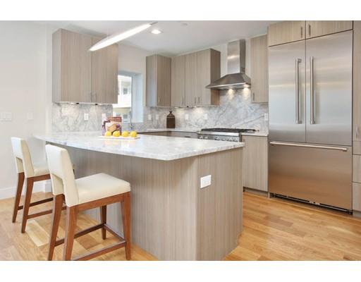 Частный односемейный дом для того Продажа на 5 Allen 5 Allen Cambridge, Массачусетс 02140 Соединенные Штаты