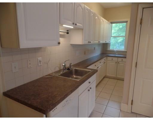 独户住宅 为 出租 在 64 Boyd 牛顿, 马萨诸塞州 02458 美国