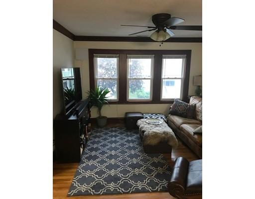 独户住宅 为 出租 在 80 Governor Winthrop Road Somerville, 马萨诸塞州 02145 美国