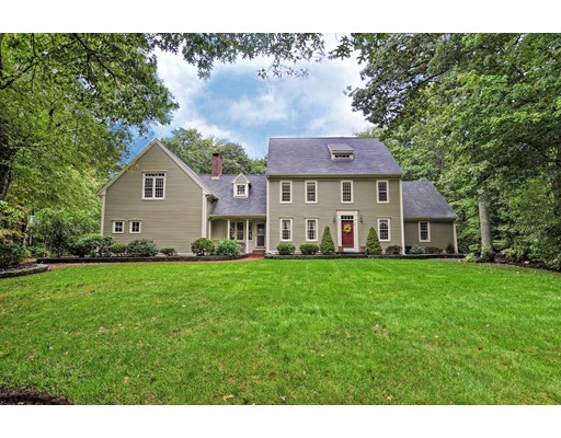 Single Family Home for Sale at 43 Parkwood Drive 43 Parkwood Drive Raynham, Massachusetts 02767 United States