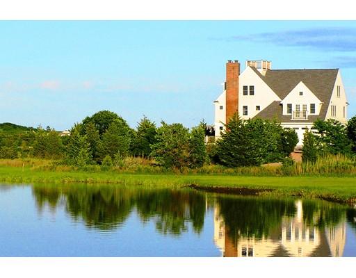 Casa para uma família para Venda às 1112 Craigville Beach Road 1112 Craigville Beach Road Barnstable, Massachusetts 02632 Estados Unidos