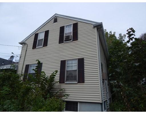 Частный односемейный дом для того Продажа на 215 Curve Street 215 Curve Street Dedham, Массачусетс 02026 Соединенные Штаты