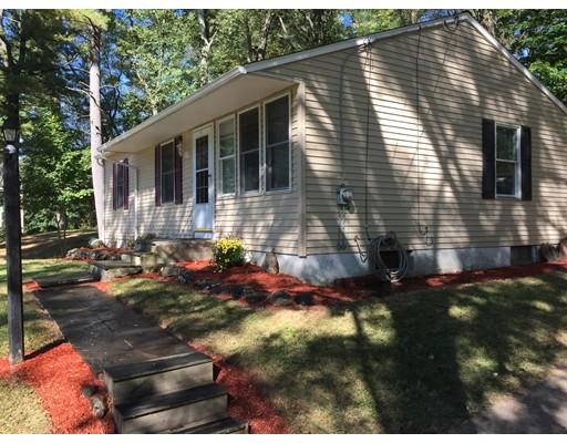 Casa Unifamiliar por un Venta en 42 Pinehaven Drive 42 Pinehaven Drive Northborough, Massachusetts 01532 Estados Unidos