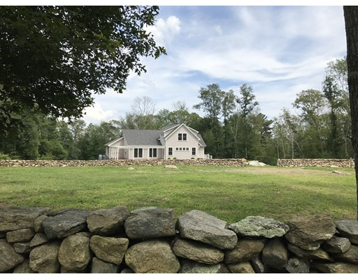 Single Family Home for Sale at 38 Old Stone Church Road 38 Old Stone Church Road Little Compton, Rhode Island 02837 United States
