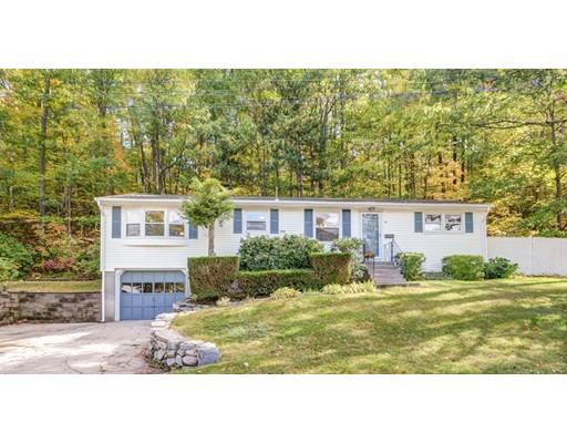 Casa Unifamiliar por un Venta en 30 Harvey Lane 30 Harvey Lane Westborough, Massachusetts 01581 Estados Unidos