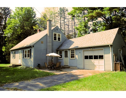 Single Family Home for Sale at 41 East Hadley Road 41 East Hadley Road Amherst, Massachusetts 01002 United States