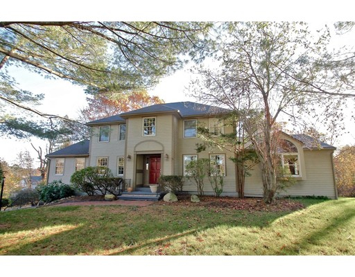 Casa Unifamiliar por un Venta en 2 Hayward Farms Lane North Reading, Massachusetts 01864 Estados Unidos