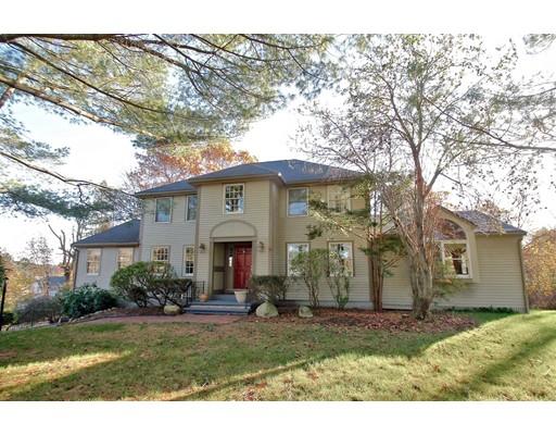 واحد منزل الأسرة للـ Sale في 2 Hayward Farms Lane 2 Hayward Farms Lane North Reading, Massachusetts 01864 United States