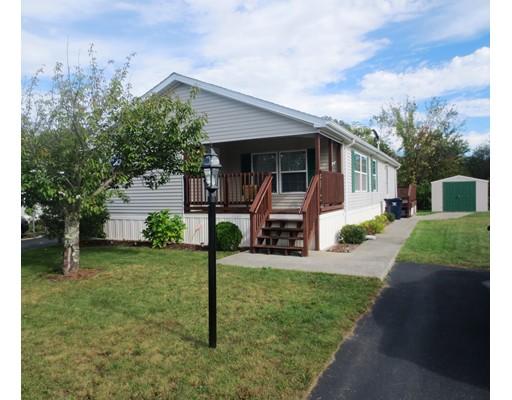 Maison unifamiliale pour l Vente à 161 Dublin Way 161 Dublin Way Attleboro, Massachusetts 02703 États-Unis