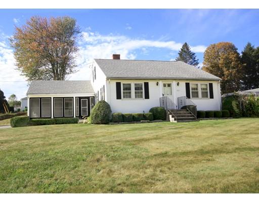 واحد منزل الأسرة للـ Sale في 917 Homestead Avenue 917 Homestead Avenue Holyoke, Massachusetts 01040 United States