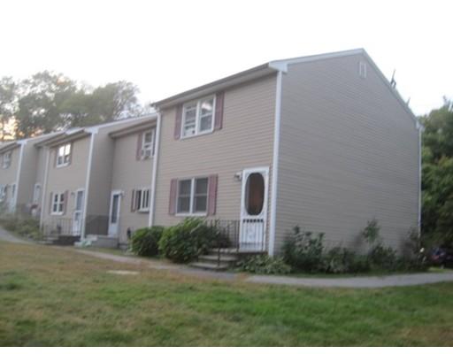 Condominio por un Venta en 2 Bryant Street 2 Bryant Street Freetown, Massachusetts 02702 Estados Unidos