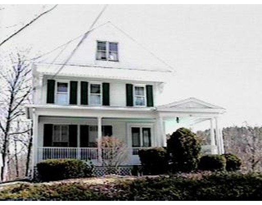 Maison unifamiliale pour l à louer à 10 Pleasant 10 Pleasant Douglas, Massachusetts 01516 États-Unis