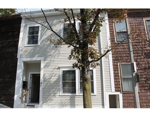 Casa Multifamiliar por un Venta en 140 W 8th Street Boston, Massachusetts 02127 Estados Unidos