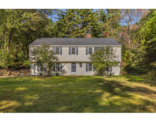Single Family Home for Sale at 17 Andrews Road Topsfield, 01983 United States