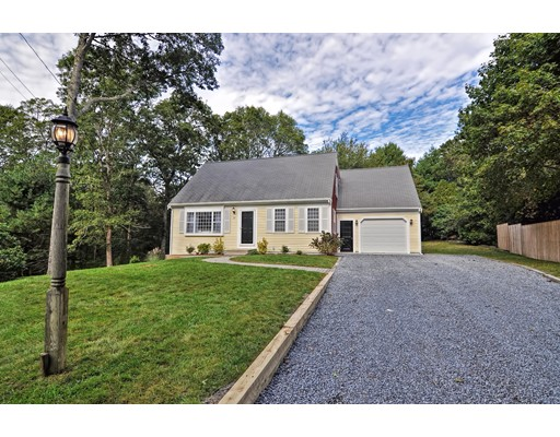 Casa para uma família para Venda às 27 Renoir Drive 27 Renoir Drive Barnstable, Massachusetts 02655 Estados Unidos
