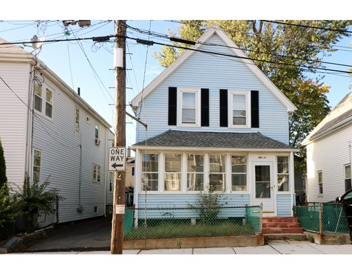 Casa Unifamiliar por un Venta en 56 Ashton Street 56 Ashton Street Everett, Massachusetts 02149 Estados Unidos