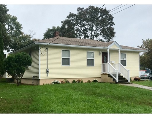 Picture 6 of 20 Thissell St  Methuen Ma 3 Bedroom Single Family